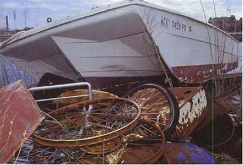 Small Boat Yard For Sale by How To Dispose Of An Fibreglass Boat Boats