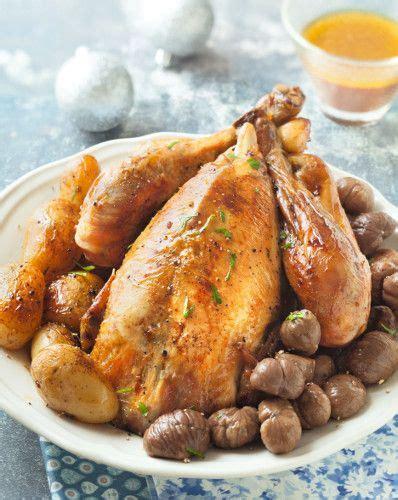 cuisiner le chapon recettes de chapon de noël à table noel