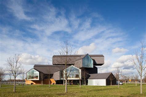 plattform am haus herzog de meuron vitra haus weil am rhein germany architecture architectural
