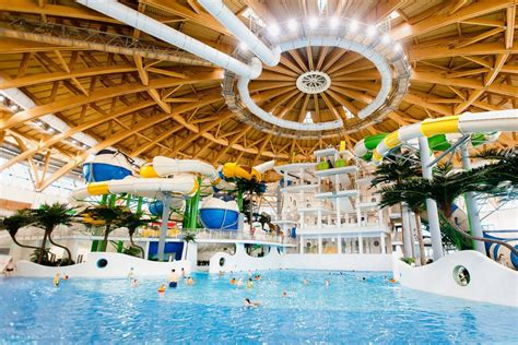 coming   shopping center    waterpark
