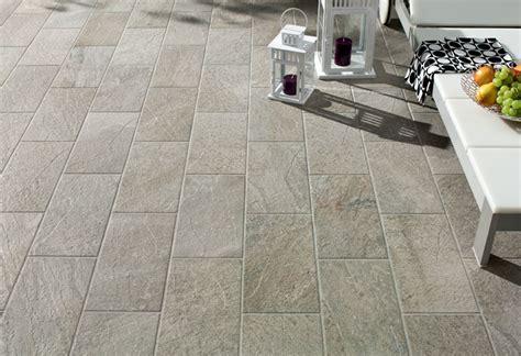 piastrelle terrazzo esterno quanto costa il gres porcellanato effetto pietra per