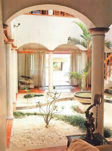 style house plans with interior courtyard interior courtyards