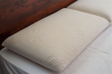 Pillows Uk by Memory Foam Pillows Pillows Duvets Bed Company