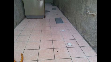 floor tile installation with sloping plane