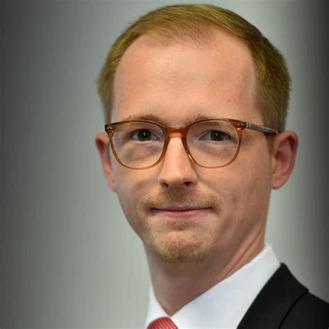 Christian Kartes - Lehrinstitut - S Management-Akademie | XING