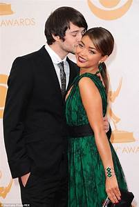 Sarah Hyland wants privacy after restraining order against ...