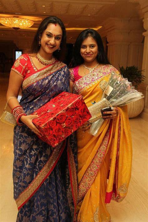 kingdom  photo albums actress sneha prasanna wedding