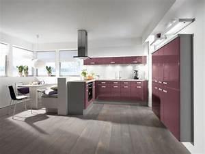 Kleine Küche Mit Viel Stauraum : eine offene k che in u form kaufen tipps vom profi ~ Bigdaddyawards.com Haus und Dekorationen