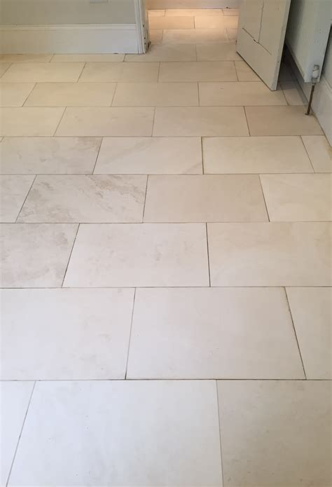 Floor Tiles by Cleaning And Polishing Tips For Limestone Floors