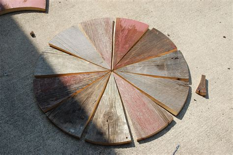weekend diy project rustic wood patio table diydiva