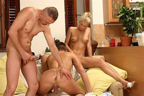 Amateur Bisexual Movies And Pictures