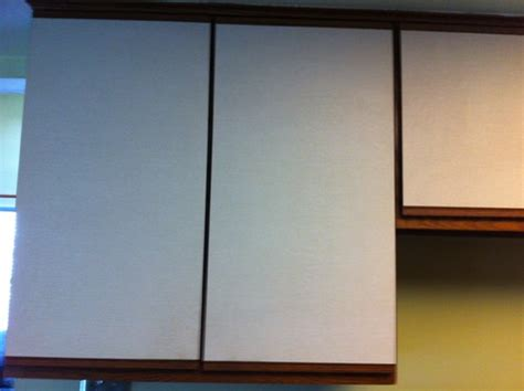 can you paint vinyl kitchen cabinets can i paint vinyl front kitchen cabinets 9370