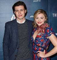 Nick Robinson Actor Girlfriend