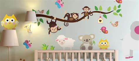 decorer chambre bebe comment decorer chambre bebe