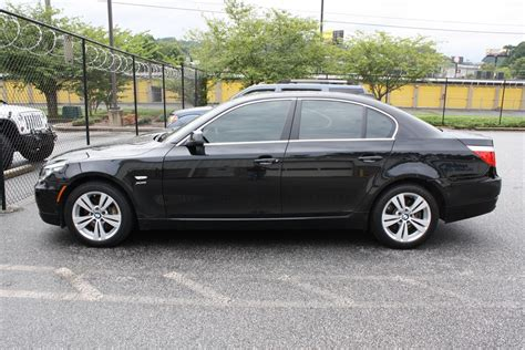 2010 Bmw 5-series 528xi 4d Sedan
