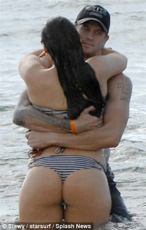 gene simmons swimsuit sophie simmons monster in a bikini of the day