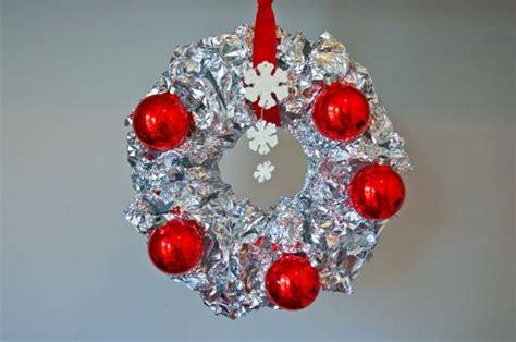 Diy Vintage Aluminum Foil Wreath