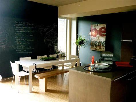 tableau noir cuisine le tableau noir une idée de déco cuisine créative et