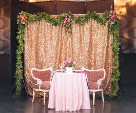 17 quirky backdrops photobooth ideas to brighten your