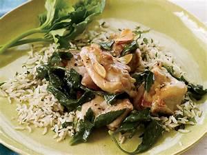 Quick Vinegar-Braised Chicken with Garlic and Celery ...
