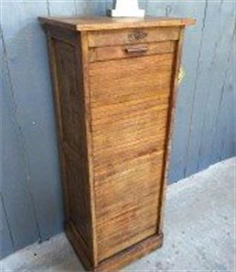 bureau 騁ude thermique meuble rideau bois ancien tableau isolant thermique