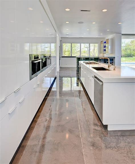 epoxy flooring kitchen 20 epoxy flooring ideas with pros and cons digsdigs 3585