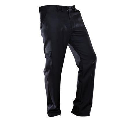 pantalon noir homme le must have de votre dressing