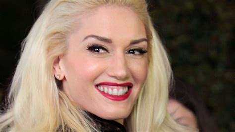 Our All-time Favorite Style Lessons From Gwen Stefani