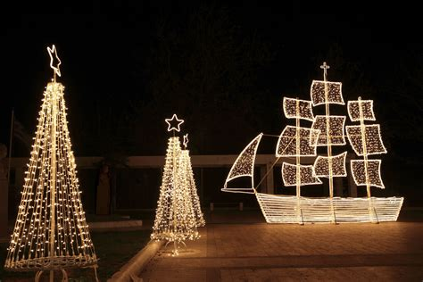 christmas decoration in greece do greeks decorate a tree