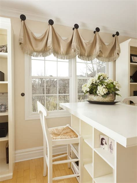 Window Toppers For Blinds by 25 Best Ideas About Window Toppers On Unique