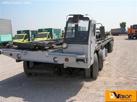 foto de Camiones de segunda mano Vallor Trucks ATAP A/S32H 6A