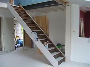 decoration de la maison peindre escalier en gris With quelle couleur avec le taupe 6 repeindre un escalier couleur bois vitrifie