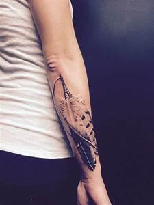 Tatouage Cou Homme : tatouage plume signification interpr tations et dessins ~ Nature-et-papiers.com Idées de Décoration