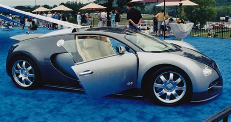 File:Bugatti Veyron concept in 2003.jpg - Wikimedia Commons