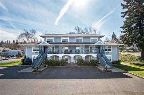 Bigfoot lodge is just minutes from all major activities and the columbia river gorge scenic area. 09 Lodge UPDATED 2020: 1 Bedroom Apartment in Hood River ...