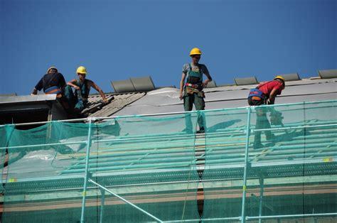 Siltinot pašvaldības ēkas, izdevies būtiski samazināt ...