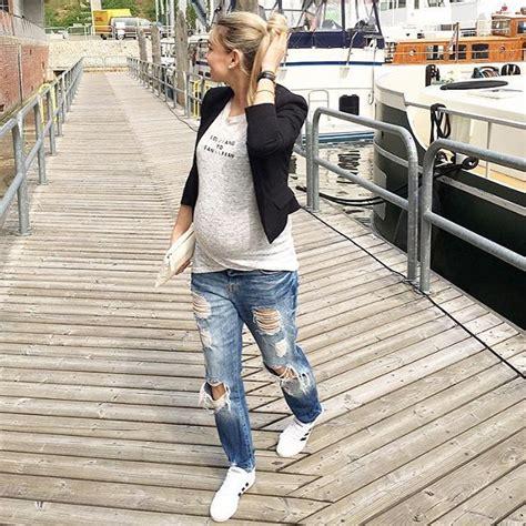 25+ best Maternity Boyfriend Jeans ideas on Pinterest