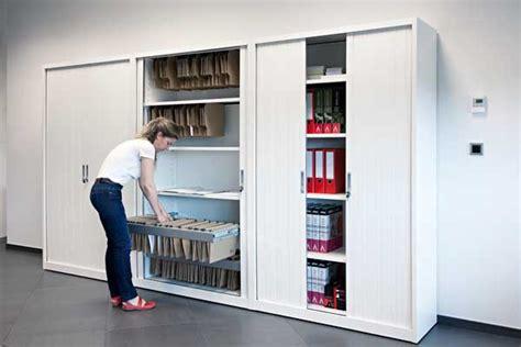 armarios de metal una opcion duradera  almacenar