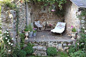 Salon De Jardin Romantique : au jardin grange de charme ~ Dailycaller-alerts.com Idées de Décoration