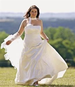 prenez votre envol dans une belle robe de mariee pour With robes pour rondes femmes