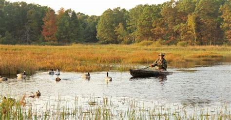 duck wisconsin season hunters hunting outdoors crop milwaukee