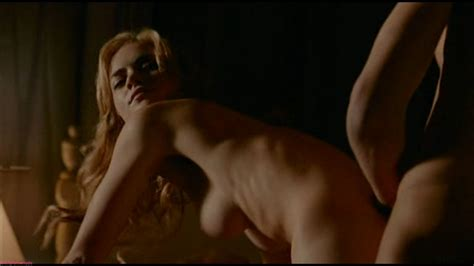 Emily Wickersham Nude Has Nicer Boobs Than You Think 17