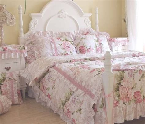shabby chic bedding on sale best 25 shabby chic bedding sets ideas on pinterest shabby chic comforter shabby chic