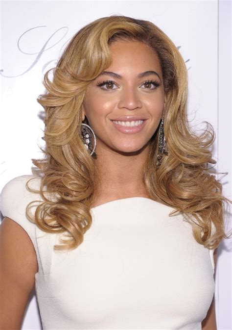 beyonce knowles wavy curly hairstyle hairstyles weekly