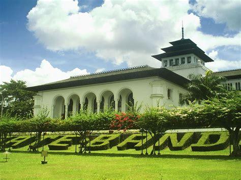 bandung pt vip  travel bali hotels villas