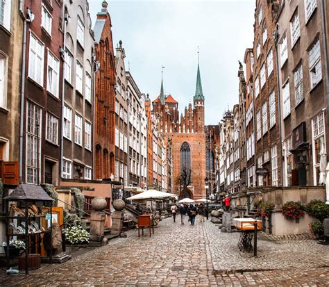 The baltic's golden oldie has a new spring in its step, and what's more, her two brothers we look forward to passing on all the best information and advice about gdansk, sopot. Old Town Gdansk // A Complete Weekend Guide