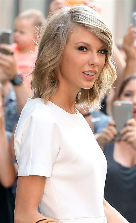Taylor Swift Fashion - Out in New York City, May 2015 ...