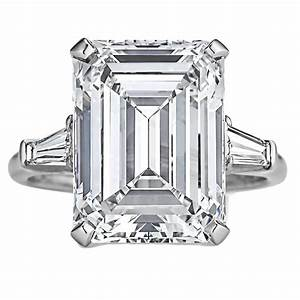 Harry Winston 7.74 Carat Internally Flawless Emerald Cut ...
