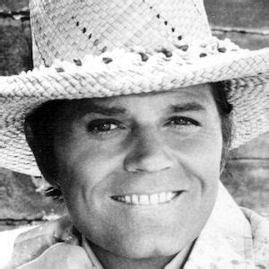 Jack Lord - Bio, Facts, Family | Handsome jack, James ...