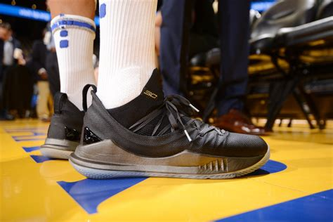 204 results for steph curry boys shoes. What Pros Wear: : Steph Curry's Under Armour Curry 5 Shoes